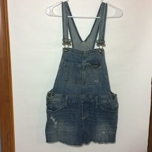 Women's overall shorts size medium